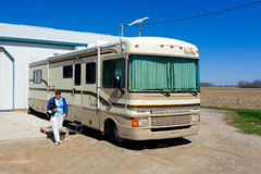 A motor home visiting in ontario Royalty Free Stock Photos