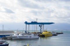 Motor- och seglingyachter Fotografering för Bildbyråer