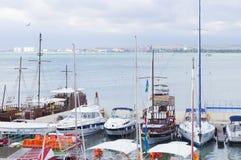 Motor- och seglingyachter Royaltyfri Foto