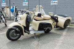 Motor scooter SR 59 Berlin with IWL-Stoye Campi trailer Stock Photography