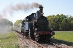 Motor van de stoom dreef trein aan Royalty-vrije Stock Afbeelding