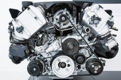Motor van een auto - Moderne krachtige motor van een auto Stock Afbeelding