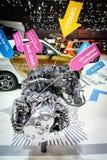 Motor van een auto op vertoning Stock Afbeelding