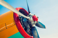 Motor van een oud vliegtuig royalty-vrije stock fotografie