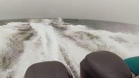 Motor y océano del ` s del barco almacen de video