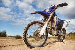 motorbike av vägen Fotografering för Bildbyråer