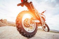 motorbike cykel utomhus på bakgrund Royaltyfri Foto