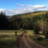 Motorbiker в горах Стоковое фото RF
