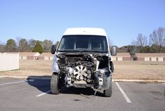 Motorblock eines Autos herausgestellt Stockbild