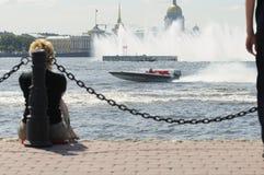 motorboat ποταμός ST της Πετρούπολης neva Στοκ εικόνα με δικαίωμα ελεύθερης χρήσης