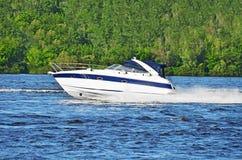 motorboat royaltyfri foto