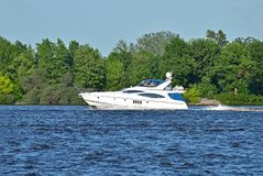 Motorboat arkivfoto