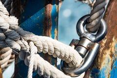 motorboat Beståndsdelar av fartygkugghjulen arkivfoto