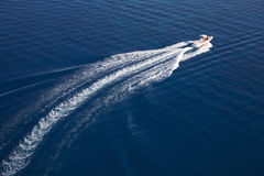 Motorboat de alta velocidade no Mar Vermelho Imagem de Stock Royalty Free
