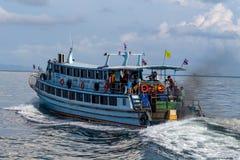 Motorboat Koh Phi Phi wyspa Tajlandia obraz royalty free