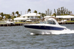 Motorboating il Photo libre de droits