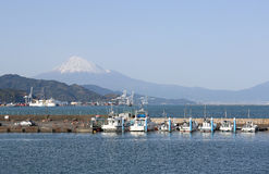 Motorboats at Shimizu port with mt. Fuji Royalty Free Stock Images