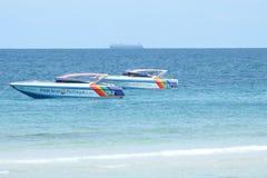 Motorboot auf dem Meer Stockfoto
