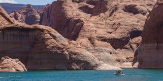 Motorboot op Meer Powell Royalty-vrije Stock Foto's