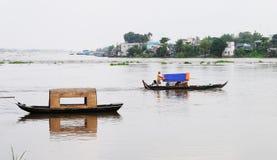 Motorboot op Mekong rivier, zuidelijk Vietnam stock fotografie