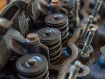 Motorcloseupdelar, ventiler, bultar arkivbild