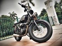 Motorcustom motorcykel Fotografering för Bildbyråer