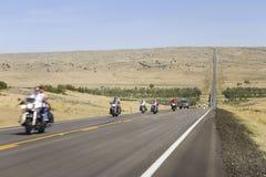 Motorcyclists på State huvudväg 34 Fotografering för Bildbyråer