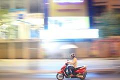 Motorcykel i den Ho Chi Minh staden Arkivfoto