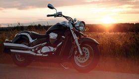 Motorcykel på vägrenen Royaltyfria Foton
