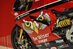 Motorcykeln bor Fotografering för Bildbyråer
