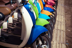 Motorcykeln shoppar Royaltyfri Bild