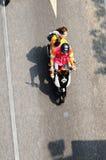 Motorcykeln taxar. Arkivfoto