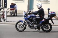 Motorcykelpolis på gatorna av Wien Arkivfoto