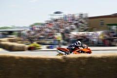 motorcykelraceryttare Royaltyfria Bilder