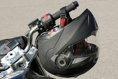 Motorcyklists hjälm Arkivbild