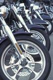 Motorcyles in einer Reihe Stockbild
