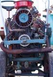 Motore-Abschnitt des Weinlese-Traktors Stockfoto