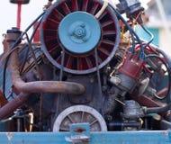 Motore-Abschnitt des Weinlese-Traktors Stockfotografie