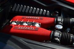 Motore ad otto cilindri di Ferrari Fotografia Stock
