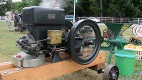 Motore a benzina dell'americano di Witte archivi video