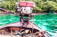 Motore della barca in mare Immagine Stock