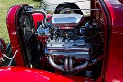 Motore di automobile automatico d'annata rosso Fotografia Stock