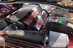 Motore di RT del caricatore di Dodge su esposizione Fotografia Stock Libera da Diritti