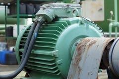 Motores bondes poderosos para o equipamento industrial moderno Fotos de Stock Royalty Free