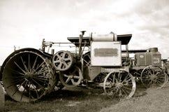 Motores de vapor viejos en una demostración de trilla Foto de archivo