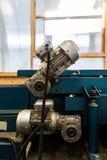 Motores elétricos do fim automotivo industrial do equipamento da máquina-instrumento acima fotografia de stock royalty free