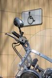 Motorfiets en gehandicapte  Stock Afbeelding