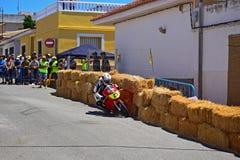 Motorfiets het Rennen wijd het Lopen stock foto's