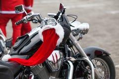 Motorfiets van Santa Claus Stock Foto's