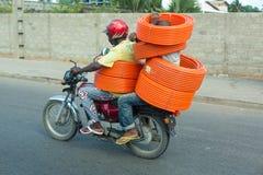 Motorfietstaxi in Benin royalty-vrije stock afbeelding